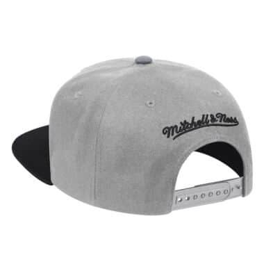 buy online 3209e 8aaba Wool 2 Tone Snapback San Antonio Spurs · View Details. Select a Size