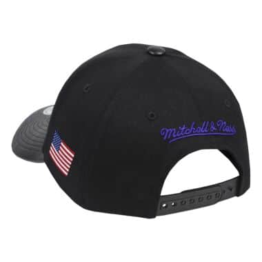 23a1460b5 Los Angeles Lakers Throwback Apparel & Jerseys   Mitchell & Ness ...