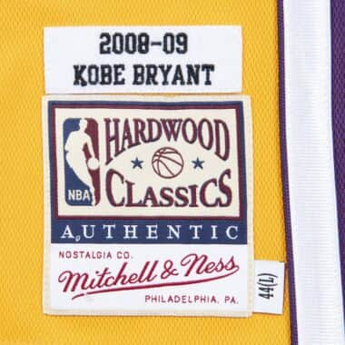 5c0960719 Authentic Jersey Los Angeles Lakers Home 2008-09 Kobe Bryant ...