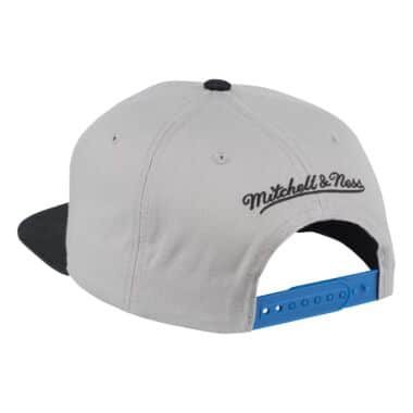 2a460f712bd65d Cropped Split Heather Snapback New York Knicks Mitchell & Ness ...