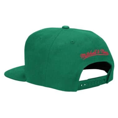 quality design 3b390 10591 Basic Logo Snapback Hat Milwaukee Bucks